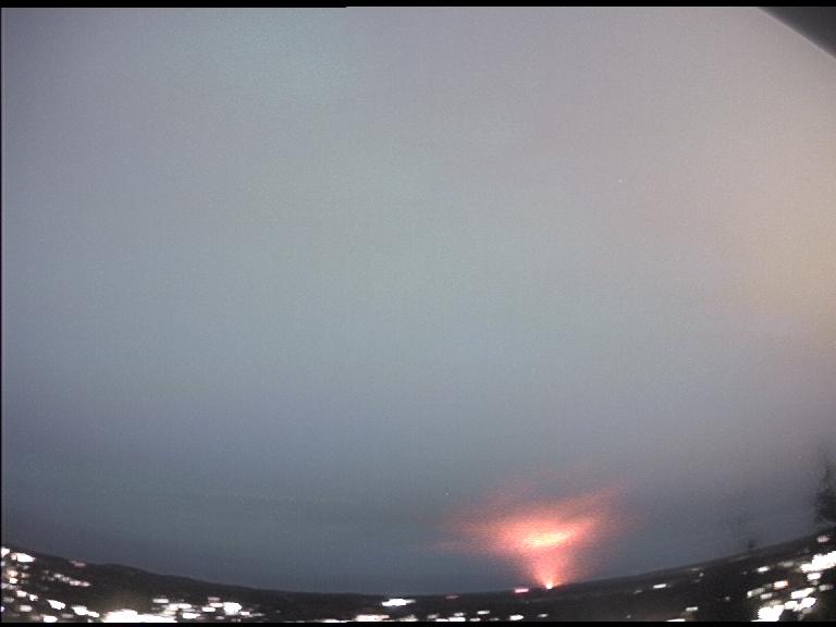 Valokaari tulipallokameran tallentamana Mikkelin taivaalla 17.12.2013. Kuva Aki Taavitsainen