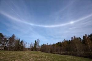 Kuva 4. Sinijuova horisonttirenkaalla oli huomiota herättävän selvä. Pinottu kuva. Kuva: Jari Luomanen