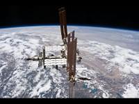 Avaruusasema ISS näkyy aamutaivaalla