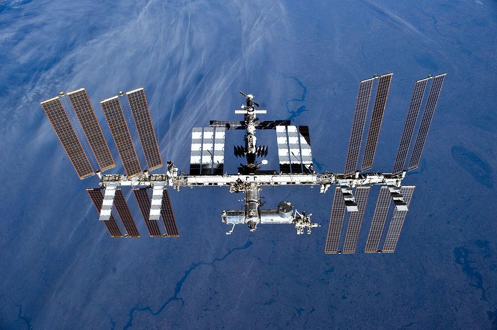 ISS Elokuussa 2010. Kuva: NASA.