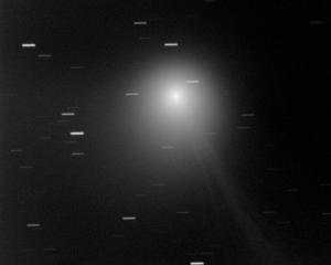 Komeetta C/2013 US10 (Catalina) kuvattuna 27.10.2015. Kuva: Veli-Pekka Hentunen.