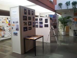 Näyttely kirjastolla
