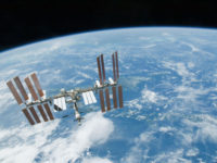 Avaruusasema ISS näkyy iltataivaalla