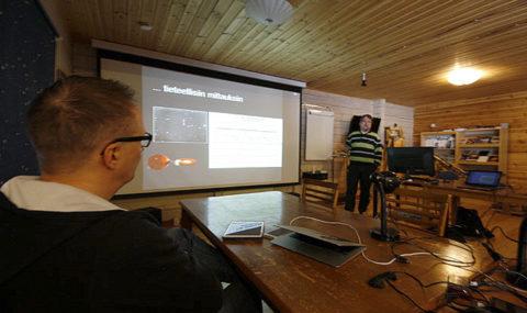 Tieteellistä yhteistyötä ja fotometriaa