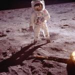 Buzz Aldrin Neil Armstrongin kuvaamana - Apollo 11
