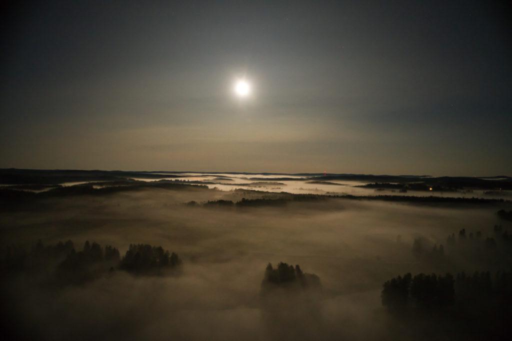 Markku Mähönen, Kuu kaakon yllä. Sonkajärvi