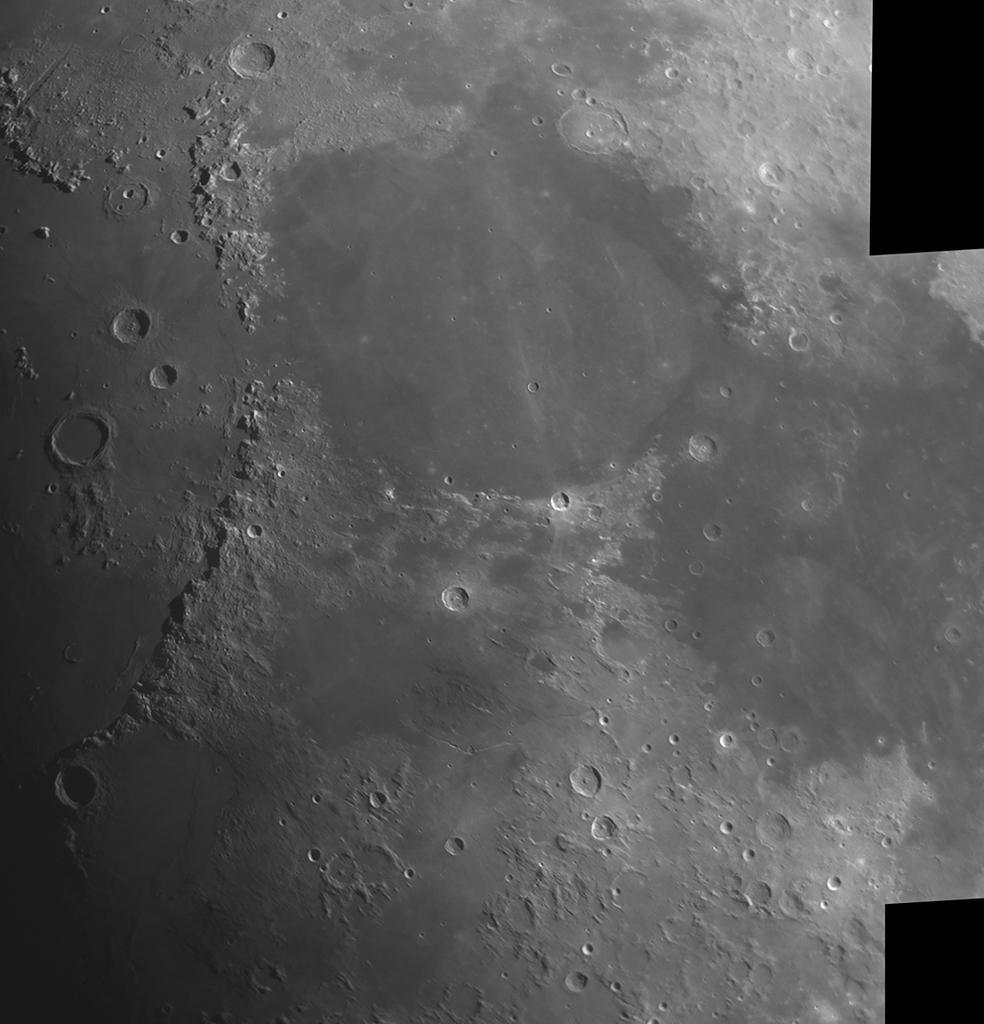 Mare Serenitatis ja Montes Apenninus 25.3.2018 klo 19. CPC1100, 0,63x reducer, ASI224MC, IR-Pass. Kuvassa ilmansuunnat korjattu ja pohjoinen ylhänä. Alkuperäinen kuva Taivaanvahdissa. Kuva: Lasse Ekblom.