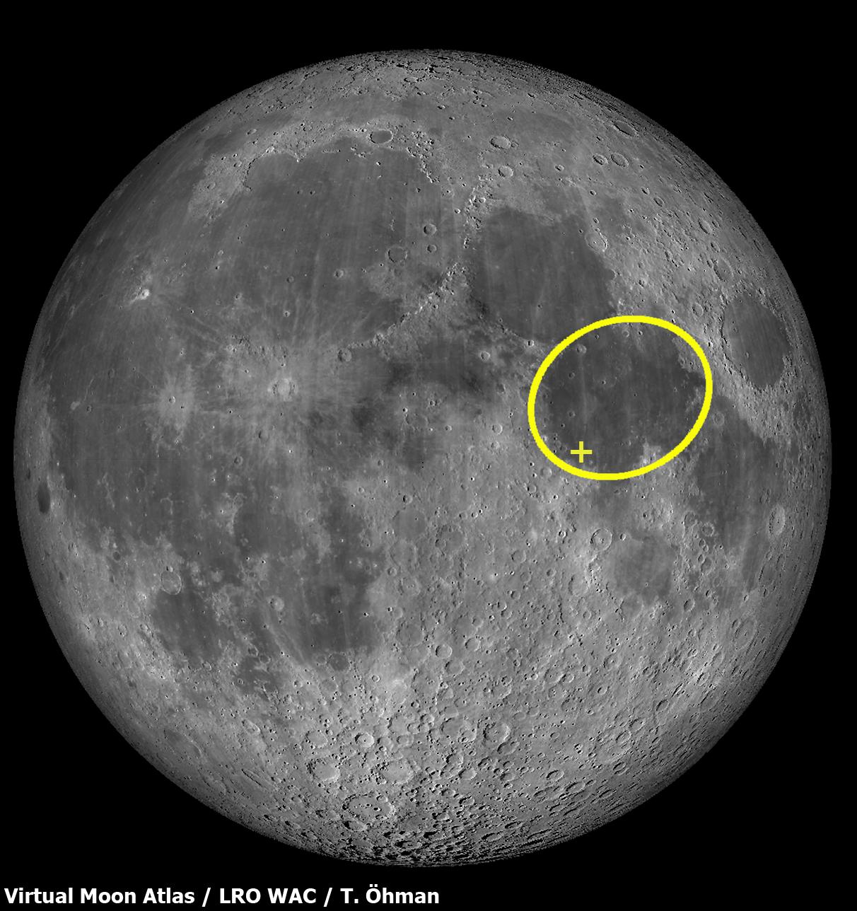 Mare Tranquillitatiksen, ensimmäisen miehitetyn kuulennon pääteaseman sijainti Kuussa. Laskeutumispaikka on merkitty rastilla. Kartta: Virtual Moon Atlas / LRO WAC / Teemu Öhman. Napsauttamalla saat artikkelin kuvat ja kartat suuremmiksi.