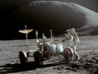 Apollo 15 – Apenniinien yli lentävä haukka